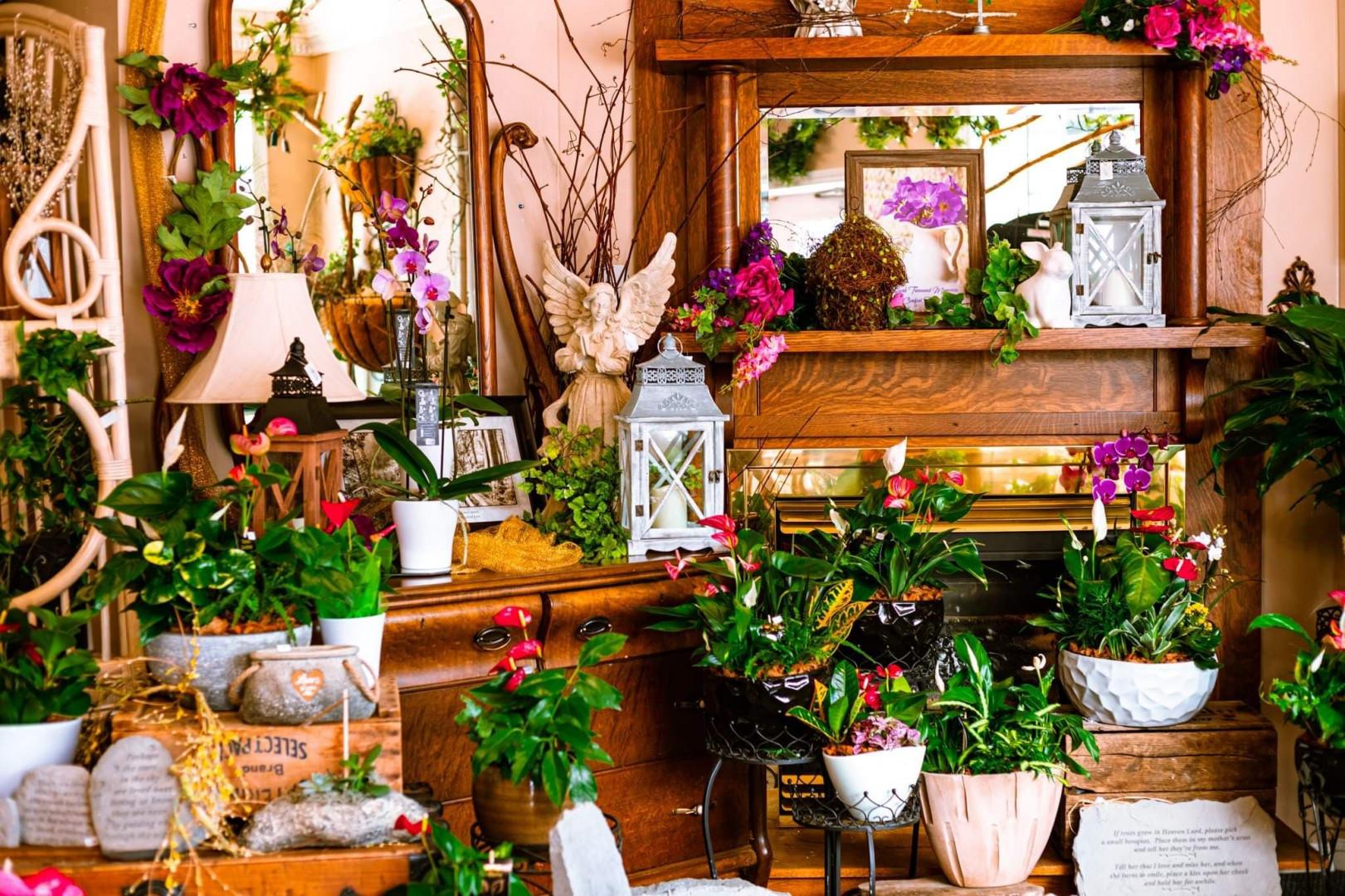 Marietta's Flower Gallery